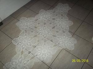 camino de mesa hecho a mano