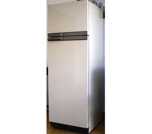 Gabinete Heladera Philips Freezer 4* Tropical Sin motor