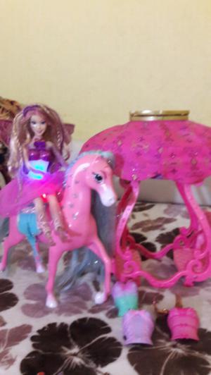 Muñeca barbie con luz