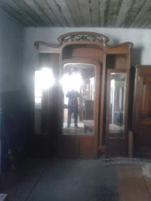 Ropero estilo Chipendale.Art Nouveau