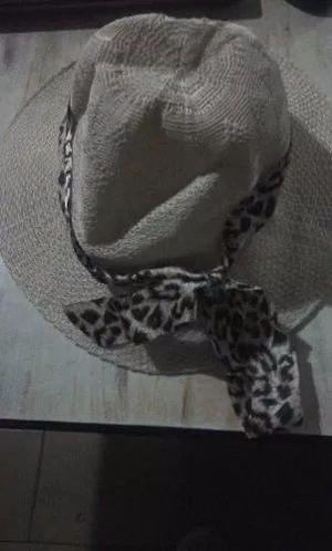Sombrero De Poliester