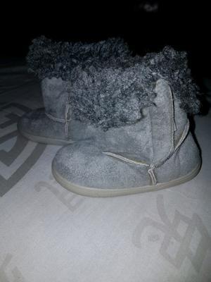 Vendo calzado de nena