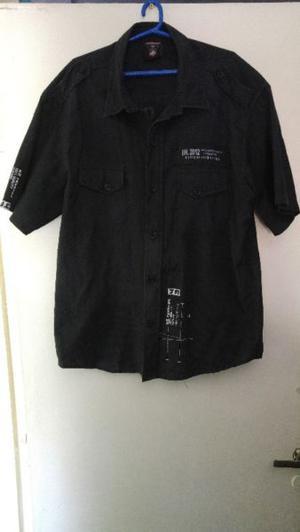 camisa skkape color negra talle XL