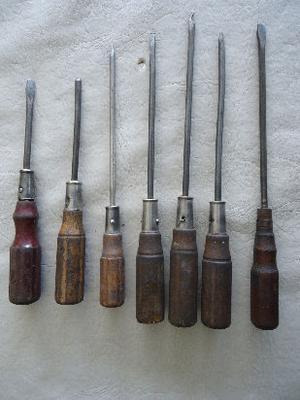 destornilladores antiguos de mango de madera antiguos
