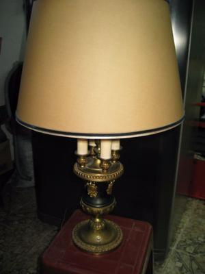 lampara antigua de mesa de bronce