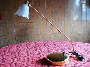 lampara de mesa o escritorio de bronce