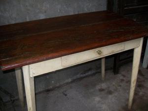 Mesa madera estilo campo con cajón