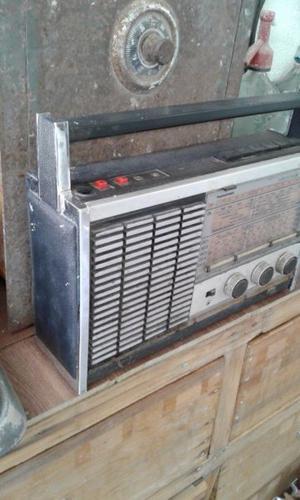 RADIO RETRO DECORATIVA