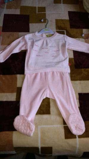 Ropita de bebé nueva de plush