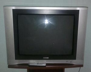 Vendo TV Telefunken 34' pantalla plana