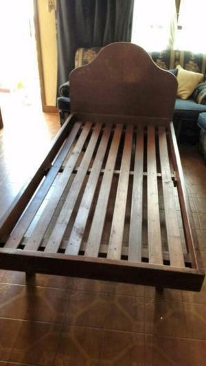 Cama 1 plaza y media de madera reforzada sin respaldo