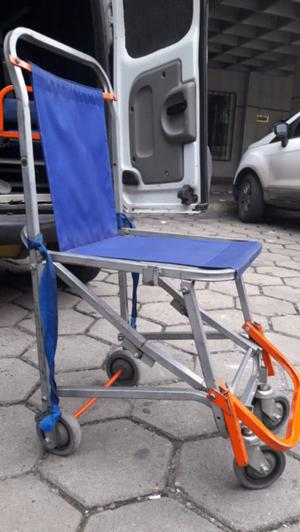 Silla de ruedas y Camilla para ambulancias.