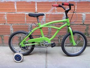 bicicleta r16 playera con ruedas estabilisadoras usada