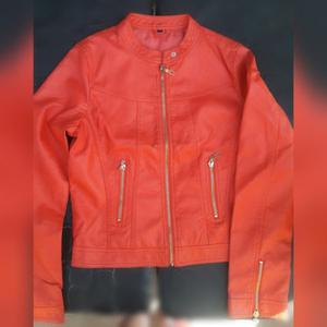 Campera de mujer talle M $600