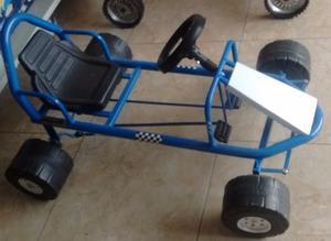 Fórmula 1 a pedal c/ruedas plásticas