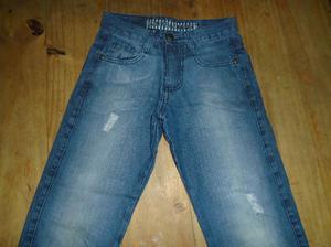 lote de 2 jeans talle 8 muy buen estado liquido $100