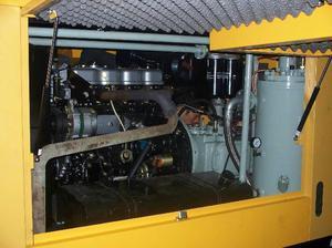 motocompresor de 10 m3 motor cummnis nuevo con tres salidass