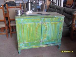vendo mueble aparador de cedro, patinado verde