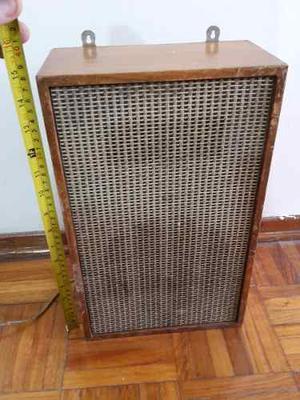 Caja De Parlante Antigua Parlante Madera 38 Alto X 23 Ancho