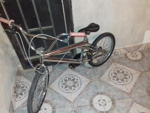 VENDO BICI BMX COMO NUEVA