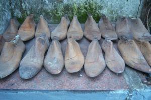 Vendo Hormas de calzado madera macisa