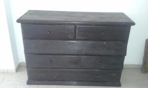 1 mueble de pino