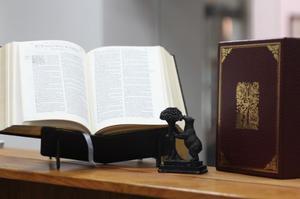 Biblia Del Oso De  De Casiodoro De Reina
