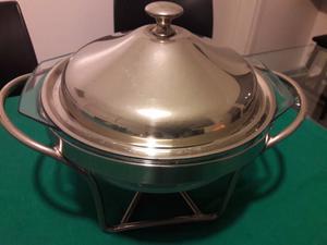 Fuente de vidrio de acero con tapa y quemador usada