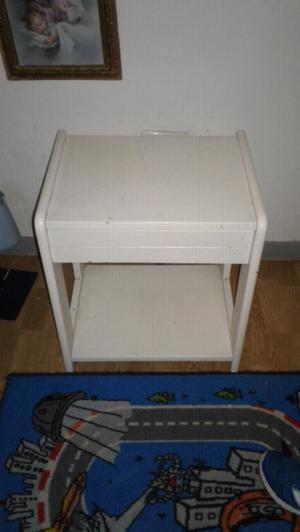 Vendo cama 1 plaza de madera maciza +colchon+mesa de luz