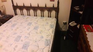 Vendo cama de 2 1/2 y colchón en excelente estado ambas