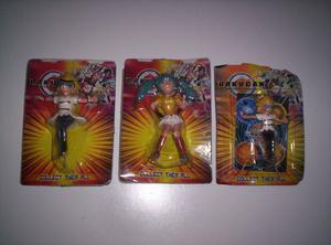 Vendo lote de 3 muñecos difertentes de bakugan en blister