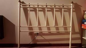 vendo respaldar para cama de 2 plazas en hierro