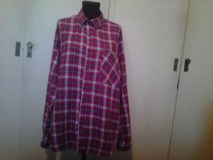 Camisa de viyela marca Mahasco talle 42