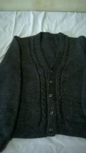 Campera de lana gris topo talle 12