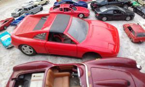 Lote Autitos colección Matchbox Y Ferrari Escala