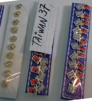 PINS PAIS TAIWAN DOS MODELOS DE 2 CMS