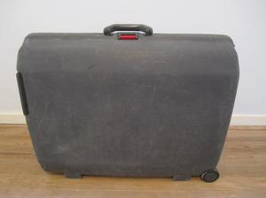 valija samsonite clave de seguridad ruedas con detalle