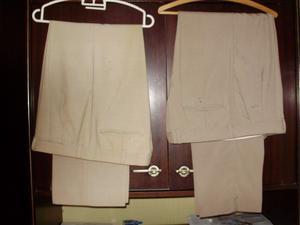 2 pantalones hombre en poliester y fibra talles 44 y 46