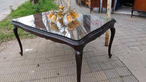 Antigua mesa estilo provenzal impecable