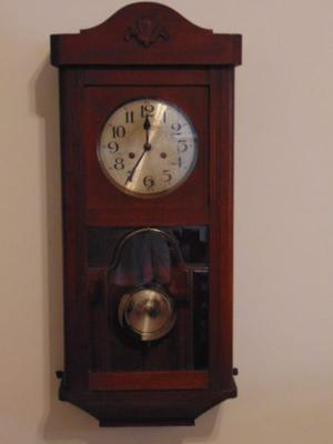 Antiguo Reloj de pendulo Made in Germany