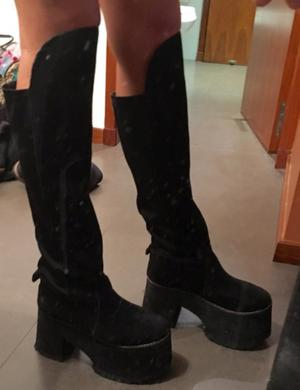 Botas bucaneras negras