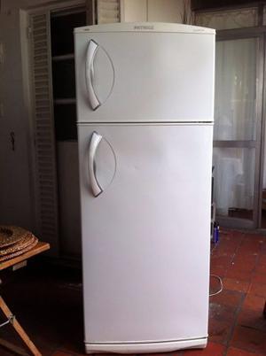 Heladera Con Freezer Patrick Maxifresh Impecable.
