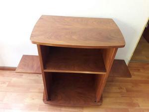 Mesa de madera maciza para diferentes usos. Oportunidad