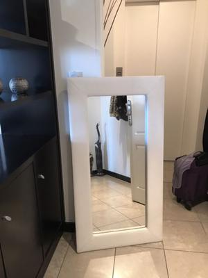 Vendo espejo rectangular cuerina blanco