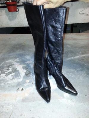 botas caña alta de cuero