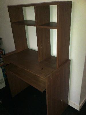 escritorio con alzada removible para pc