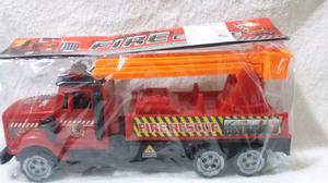 Camión de bomberos, mide 30 cm de largo
