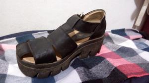 Vendo zapatos negros 37'