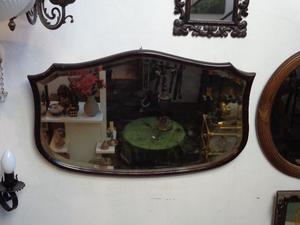 Antiguo espejo biselado estilo Art Decó. Antigua Saudade
