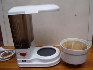 CAFETERA ELECTRICA 12 POCILLOS O 10 TAZAS - SIN JARRA PARA